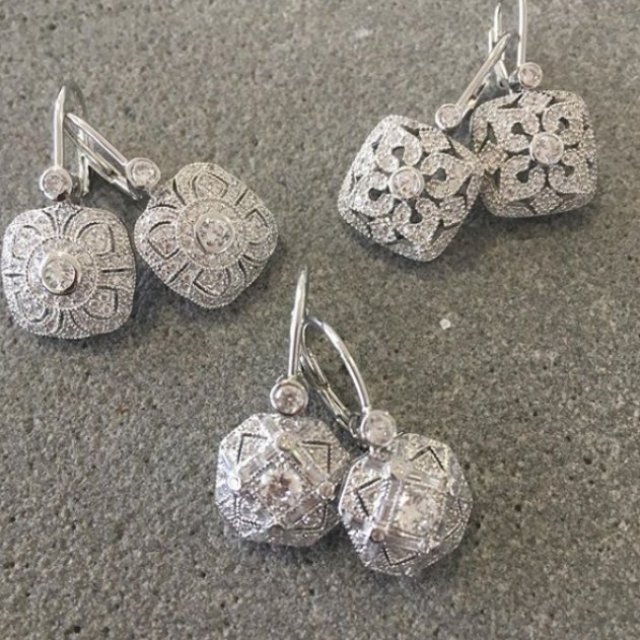 Little Pearly Shell Jewellery